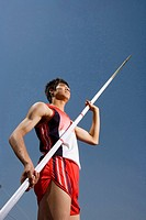 a male pole vault jumper