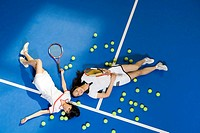 two female tennis players