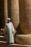 Ramesseum temple _ Egyptian guide among the colonnades
