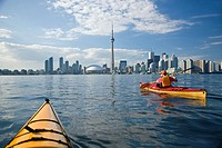 Sea_kayaking around Center Island in the Toronto Harbour, Lake Ontario, Toronto, Ontario, Canada.