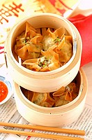 Wontons with scallops and pork