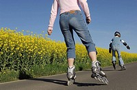 Mother and daughter on roller skates, Inline skates, Saxony, Germany