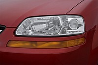 2007 Chevrolet Aveo5 LS in Red - Headlight