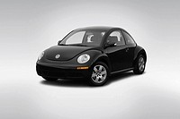 2007 Volkswagen New Beetle 2 5 in Black - Front angle view