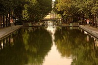 France _ Ile_de_France _ Paris. Canal Saint_Martin. Built 1805_1825, waterway connects Seine to Villette Basin and Ourcq Canal through Arsenal Basin
