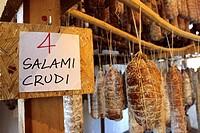 stagionatura di salami, parco del ticino, lombardia, italia