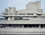 ROYAL NATIONAL THEATRE, SOUTH BANK, LONDON, SE1 SOUTHWARK + BERMONDSEY, UK, DENYS LASDUN, EXTERIOR, EXTERIOR