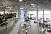 MERCEDES SHOWROOM, MERCEDESSTRASSE, STUTTGART, GERMANY, UNKNOWN OR N/A, INTERIOR, VIEW FROM THE TOP FLOOR BALCONY