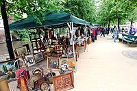 Antique market (thumbnail)