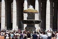 Italy, Lazio, Rome, Vatican City, St Peter´s Square, St. Peters Basilica, Cathedral, Fountain