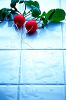 Radishes on tile, Differential Focus