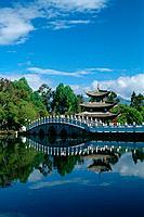 China _ Yunnan _ Lijiang _ Park of the Black Dragon´s pond