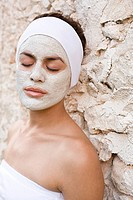 Woman wearing face mask (thumbnail)