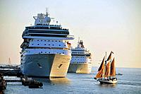 Key West Florida Cruise Ships in the harbor