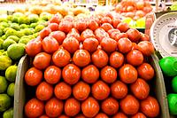 Close up of tomatoes (thumbnail)