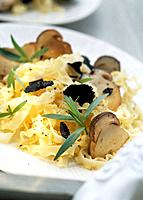 Pasta with ceps and black truffles
