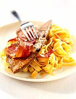 pan_fried foie gras with bacon and tagliatelle