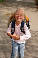 Way, child, girl, first_grader, satchel, runs laughs, happily, school_beginning, school enrollment, school_way, people, tooth_gap, blond, long_haired,...