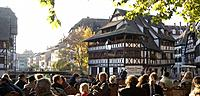 France, Alsace, Strasbourg, Old Town, tanner_quarter, ´´la petite france pub, guests, outside,