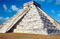 Pyramid of Kukulkan (mayan toltec style). Chichen Itza. Yucatan. Mexico