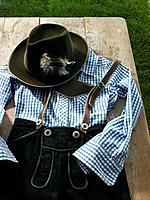 Leather trousers, shirt and hat (thumbnail)
