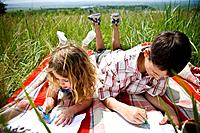 Two children drawing (thumbnail)