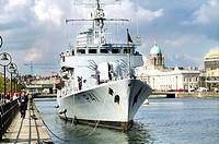 Sea Corp Frigate, Sir John Rogerson´s Quay, Dublin, Ireland