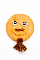 Happy face cracker