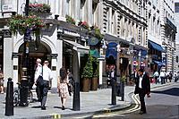 Jermyn Street London Date: 09 07 2008 Ref: B892_116346_0006 COMPULSORY CREDIT: World Pictures/Photoshot