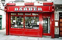 Bernard Breslin's Merchant Barber shop, hairdressers, Temple Bar area, Dublin, Southern Ireland Date: 02 04 2008 Ref: ZB362_111810_0025 COMPULSORY CRE...