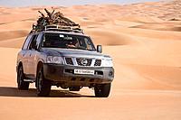 Libya, Sahara Desert, Tourism, Nissan Patrol 4x4 Date: 25 01 2008 Ref: ZB720_112781_0007 COMPULSORY CREDIT: World Pictures/Photoshot