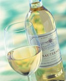 Bottle and glass of Sauternes