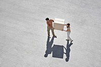 Couple carrying box