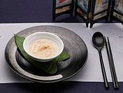 tableclothe, spoon, decoration, food styling, chopsticks, crab soup