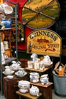 England _ London _ Notting Hilll district _ Portobello Road Market