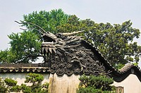 Low angle view of sculpture of a Chinese dragon, Yu Yuan Gardens, Shanghai, China