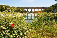 Bridge across river, Pont Du Gard, Nimes, Languedoc Roussillon, France