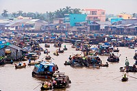 Vietnam _ The South _ The Delta of Mekong _ Can Tho _ Floating market of Cai Rang
