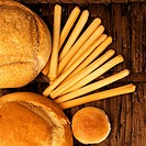 Close_up of assorted breads on a wicker mat