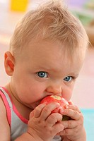 Baby, portrait, apple, eating, portrait