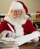 Santa Claus writing list