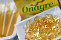 FOOD SUPPLEMENT Capsules of onager, rich in omega 6_essential fatty acids.