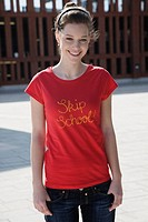 Teen girl in t_shirt
