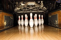 Bowling pins and machine