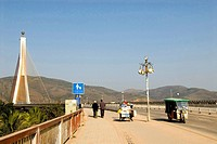 China, Yunnan, Xishuangbanna, Jinghong, bridge