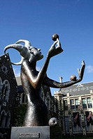 Sculpture: the fool (by Sam Mahon, 2005) The Arts Centre, Worcester Boulevard, Christchurch, South Island, New Zealand