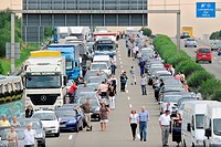 Traffic jam on a motorway, A 81 to Stuttgart between Zuffenhausen und Ludwigsburg_Sued, Stuttgart_Korntal, Baden_Wuerttemberg, Germany, Europe