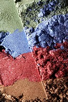 Multicolored cosmetic powders