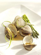 Baby Clams with asparagus