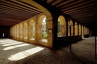 Claustro,Romanico S. XI, Abadia Cistercense de Ca&#241;as, La Rioja, Spain